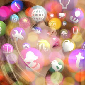 Moción para fomentar el uso responsable de las redes sociales